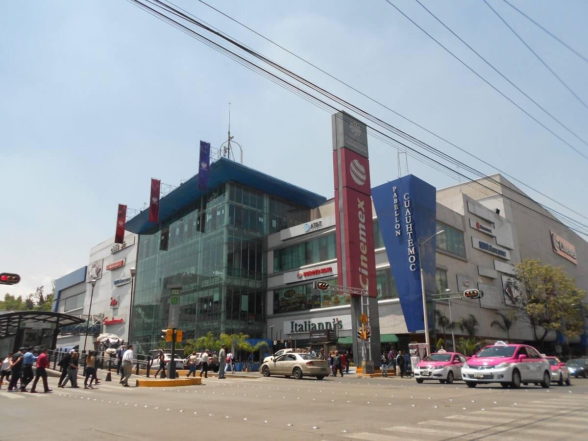 Hoteles cerca de Plaza Delta