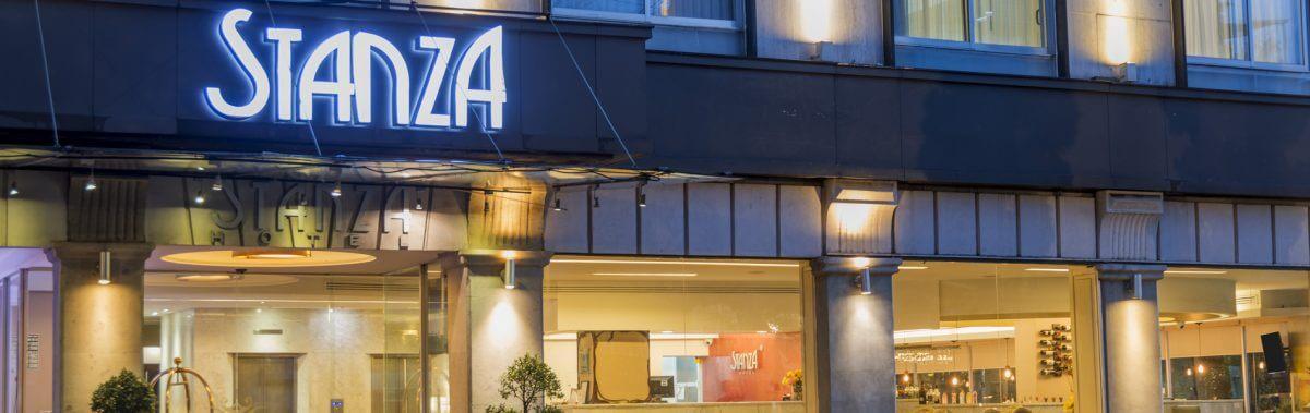 Fachada Hotel Stanza