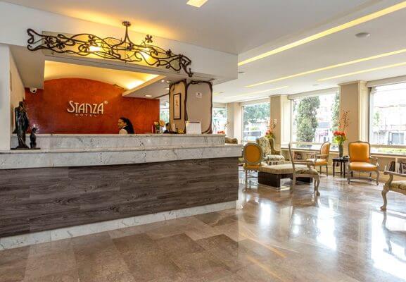 Recepción Hotel Stanza