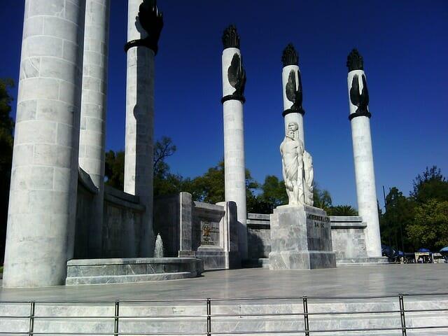 Altar a la patria - Monumento niños héroes