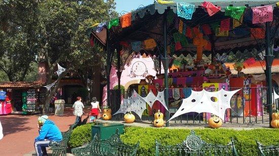Pueblo Mexicano - Six Flags México