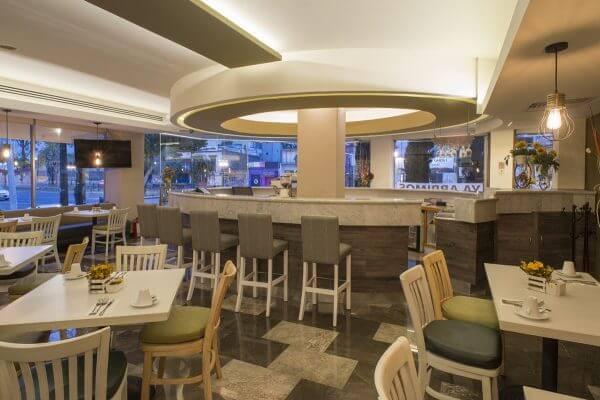 Lounge Bar en la Roma