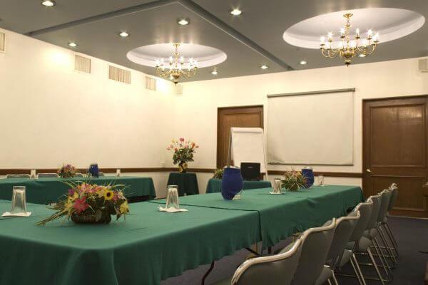 Salones de Conferencias o Hoteles con Salon de Eventos