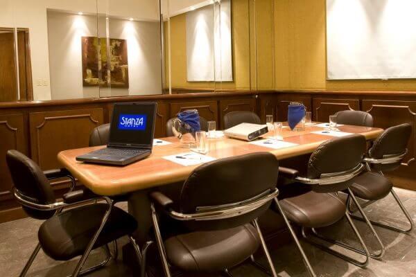 Sala de Juntas en la Roma Centro de Negocios y Eventos